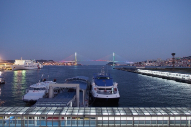 テラスから見る釜山港大橋