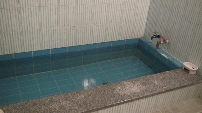 松島湯客室の浴室
