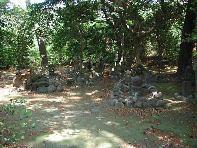 薩摩硫黄島の墓