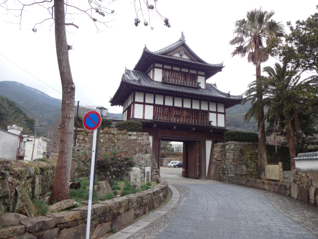 金石城大手二重櫓門