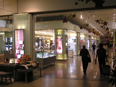 空港並みに充実した免税店