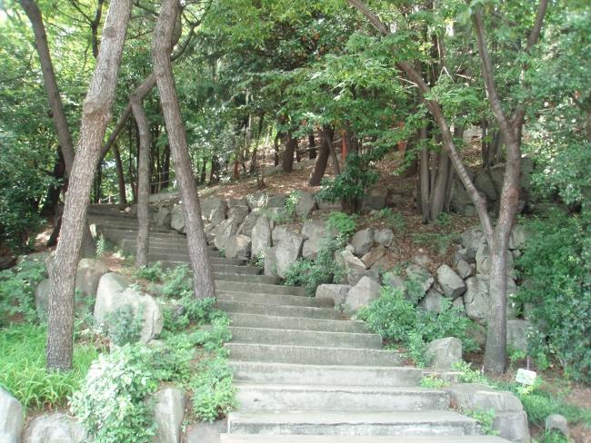子城台の石垣1