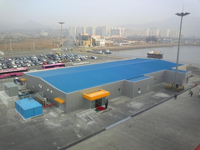 光陽ビーチからの光陽港旅客ターミナル