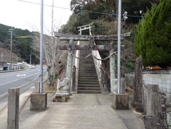 阿麻氐留神社